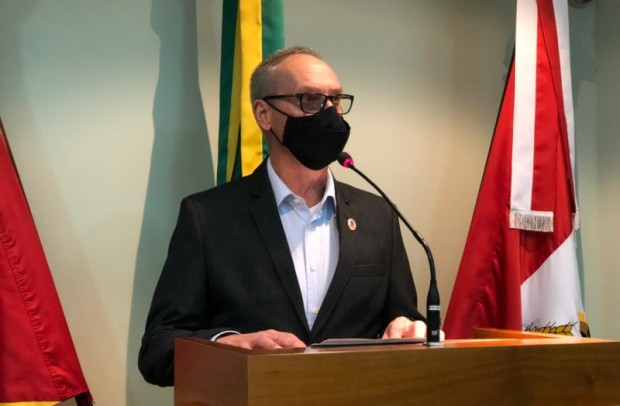 Foto de capa da notícia: Dalcero defende reivindicações dos professores