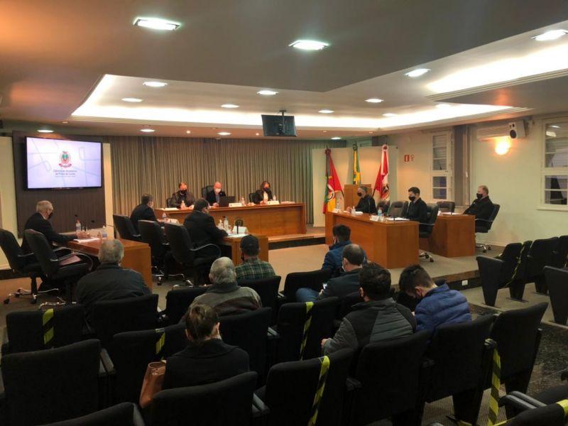 Foto de capa da notícia Vereadores aprovam criação de comissão para debater e fiscalizar concessões rodoviárias