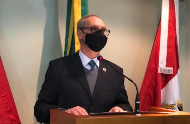 Foto de capa da notícia: Dalcero comenta Jogos Olímpicos e Moção de Congratulações à rádio Amizade