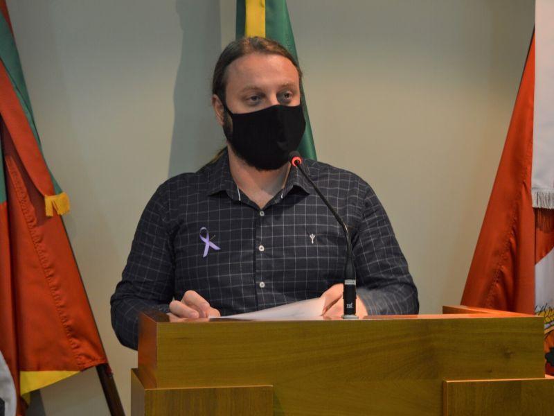 Foto de capa da notícia Boscari comenta vacinação e projeto de ampliação da creche municipal