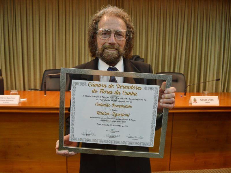 Foto de capa da notícia Hilário Sgarioni é reconhecido como Cidadão Benemérito