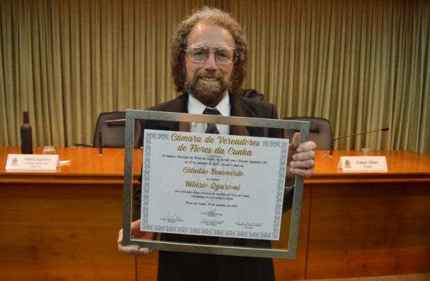Foto de capa da notícia: Hilário Sgarioni é reconhecido como Cidadão Benemérito