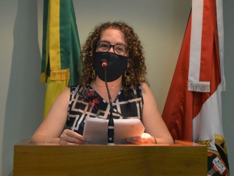 Foto de capa da notícia Silvana defende projeto que nomeia rua Alcide Antonio Stuani