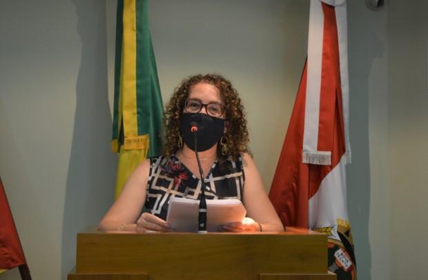 Foto de capa da notícia: Silvana defende projeto que nomeia rua Alcide Antonio Stuani