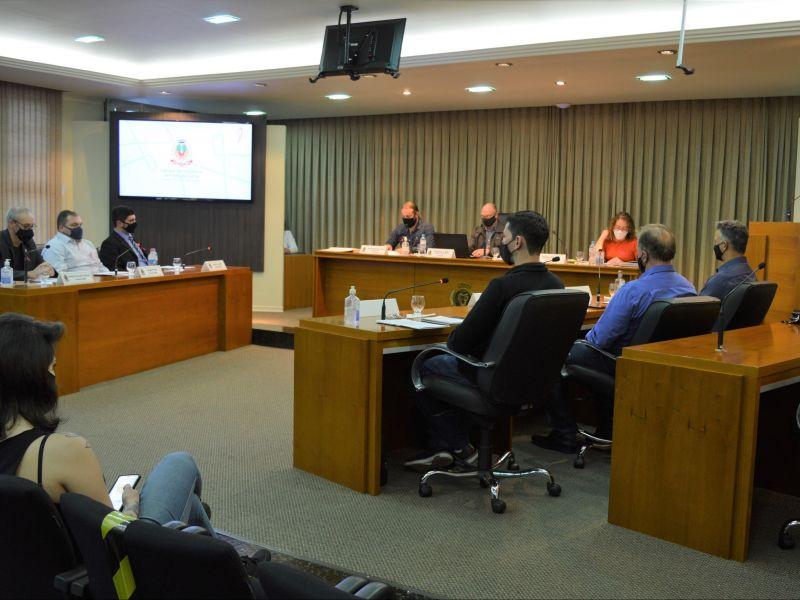 Foto de capa da notícia: Vereadores aprovam crédito de R$ 70 mil para despesas de escola municipalizada