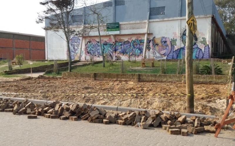 Foto da Notícia Ginásio Mario Malta recebe obra no estacionamento principal