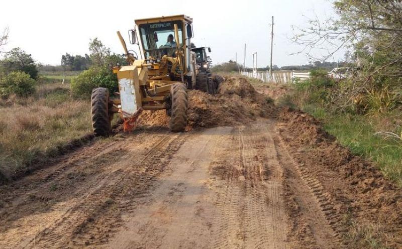 Foto da Notícia Prefeitura realiza obras de melhorias na Estrada Velha
