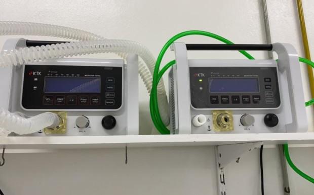 Foto de capa da notícia: Hospital Municipal recebe dois respiradores portáteis do Ministério da Saúde
