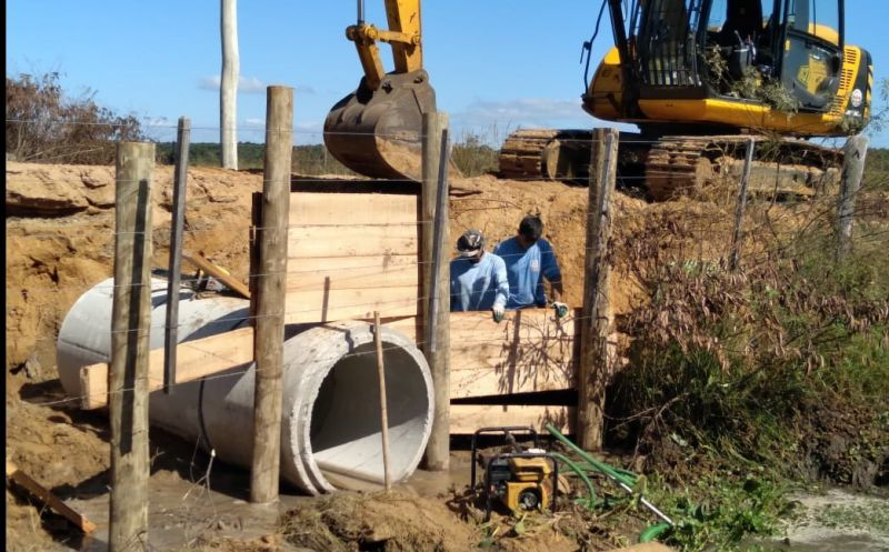 Foto da Notícia Construção de um novo bueiro na localidade da Várzea