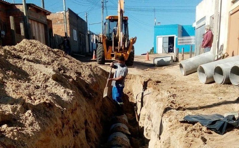 Foto de capa da notícia Rua Severino da Silva Costa recebe extensão na rede de esgoto pluvial