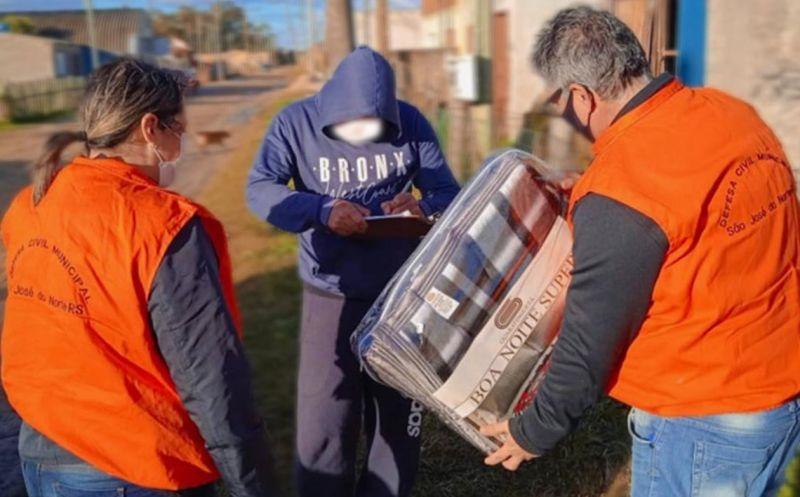 Foto de capa da notícia: Executivo realiza busca ativa por conta da onda de frio intenso