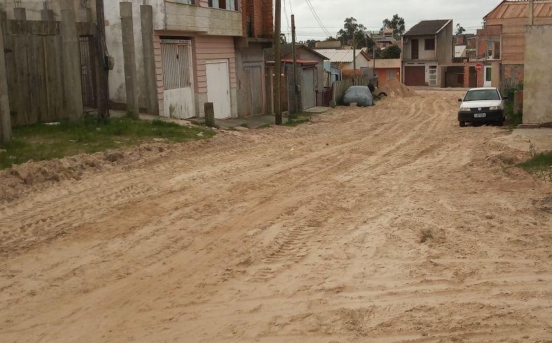 Foto de capa da notícia Travessa 4 no Bairro Veneza recebe rede de esgotamento pluvial