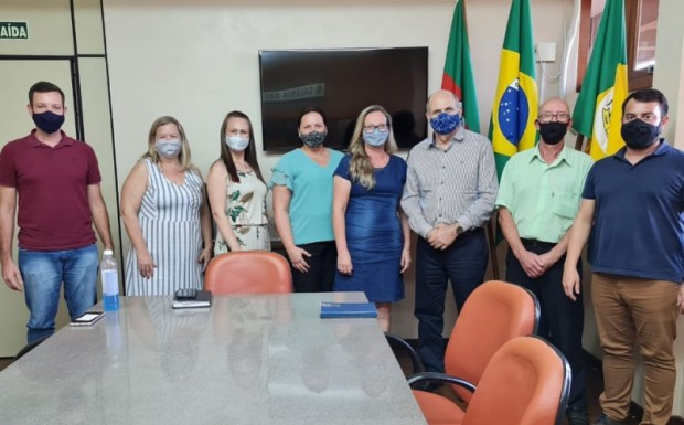 Foto de capa da notícia: Visita do Deputado Estadual Dirceu Franciscon