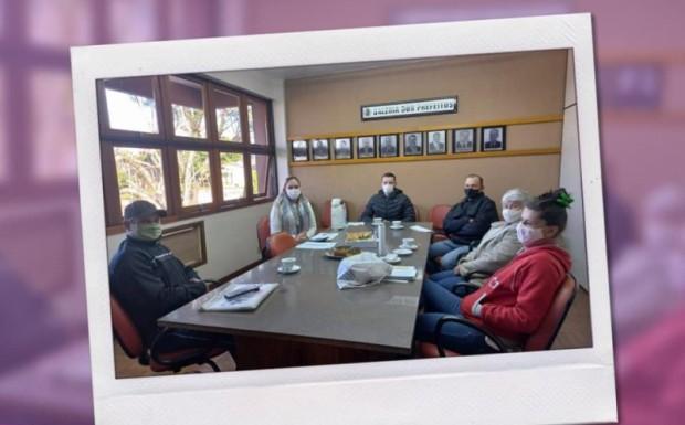 Foto de capa da notícia: Reunião com agricultores da agricultura familiar