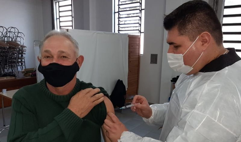 Foto de capa da notícia SÃO GABRIEL VACINOU 1.082 PESSOAS COM SEGUNDA DOSE DE OXFORD