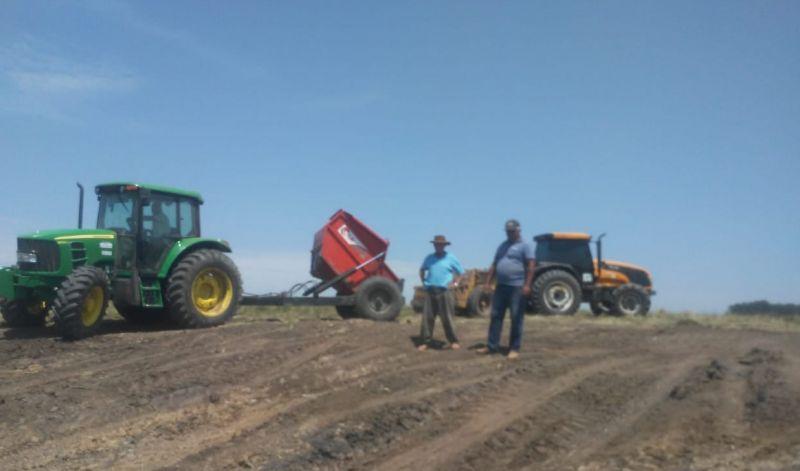 Foto de capa da notícia: DESENVOLVIMENTO RURAL ATENDE A AGRICULTURA FAMILIAR