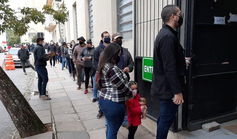 Foto de capa da notícia 60% DA POPULAÇÃO JÁ RECEBEU PELO MENOS, UMA DOSE DA VACINA COVID-19