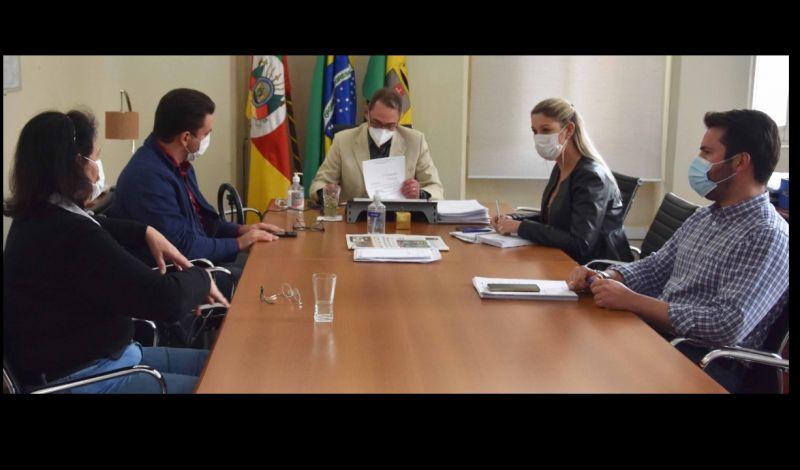 Foto de capa da notícia: DECRETO MUNICIPAL ALTERA PLANO DE DISTANCIAMENTO SOCIAL