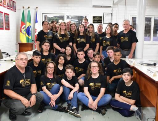 Foto de capa da notícia: Sessão Solene do projeto Vereador Por Um Dia foi um sucesso