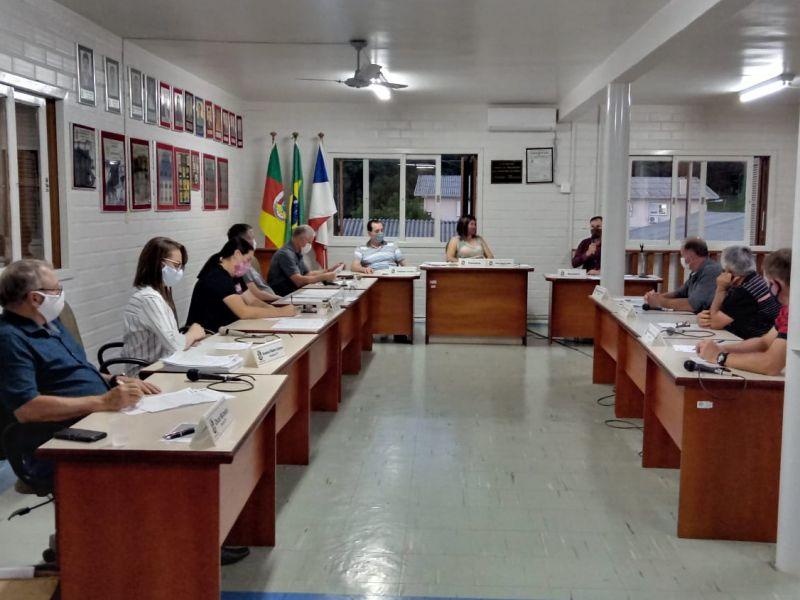 Foto de capa da notícia: Resumo da sessão ordinária do dia 22 de outubro