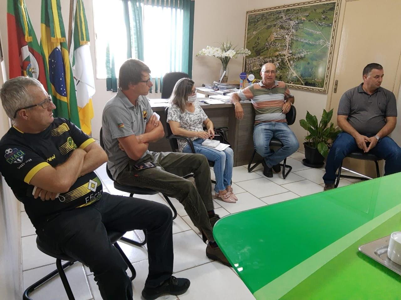 Foto de capa da notícia Reunião entre Vereadores e Prefeito