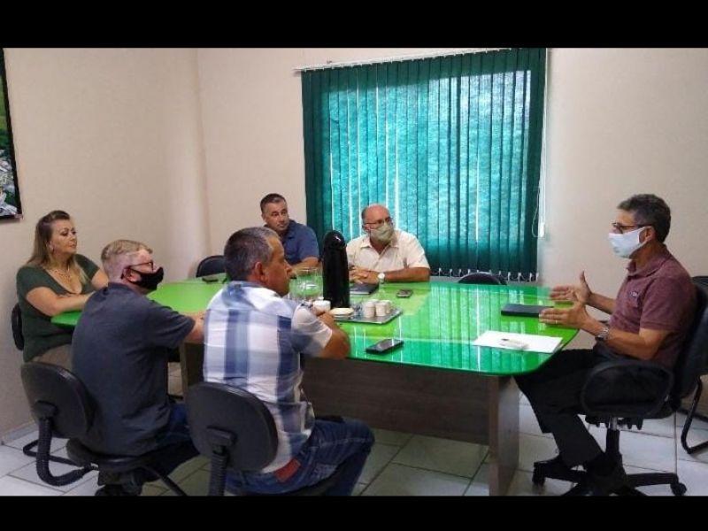 Foto de capa da notícia Vereadores se reúnem com Poder Executivo