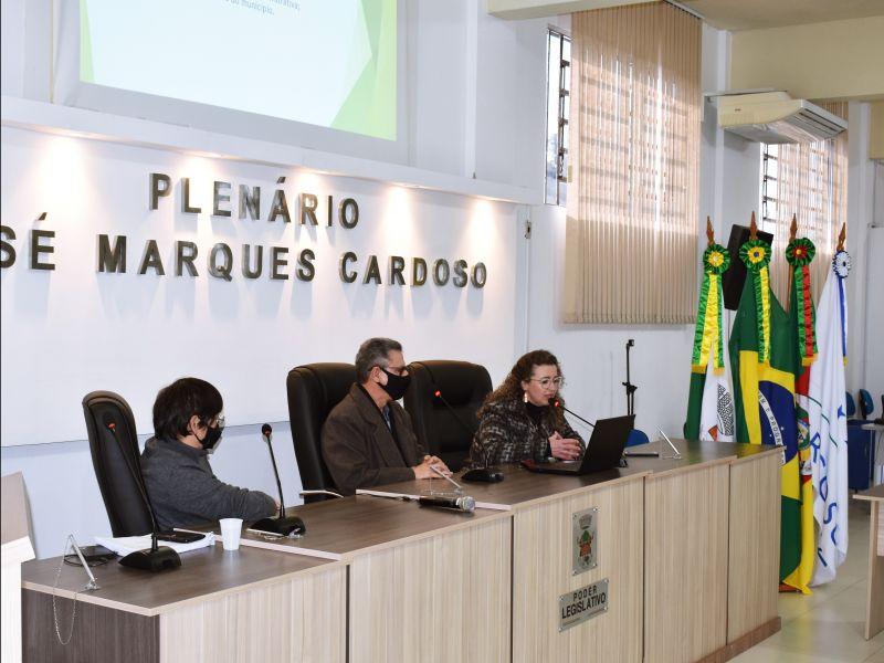 Foto de capa da notícia VEREADORES PARTICIPARAM DA APRESENTAÇÃO DO PPA 2022-2025