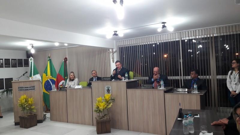 Foto de capa da notícia Sessão Solene em Homenagem ao 29º Aniversário de Glorinha