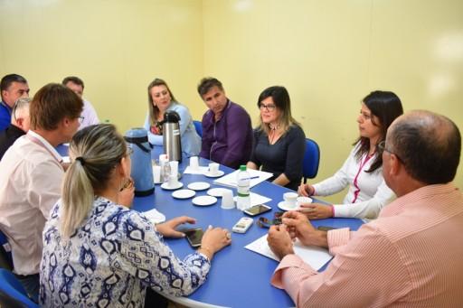 Foto de capa da notícia: Vereadores recebem Secretária Municipal do Meio Ambiente, Indústria e Comércio