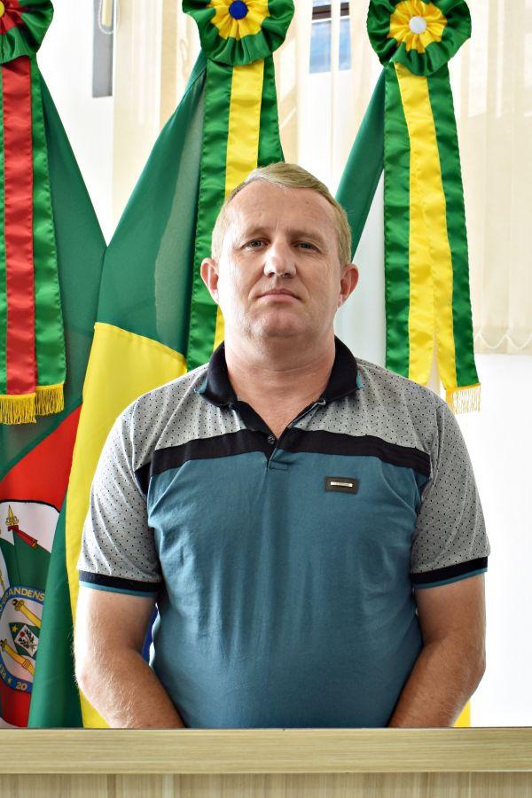 Foto do Vereador(a) Oscar Weber Berlitz