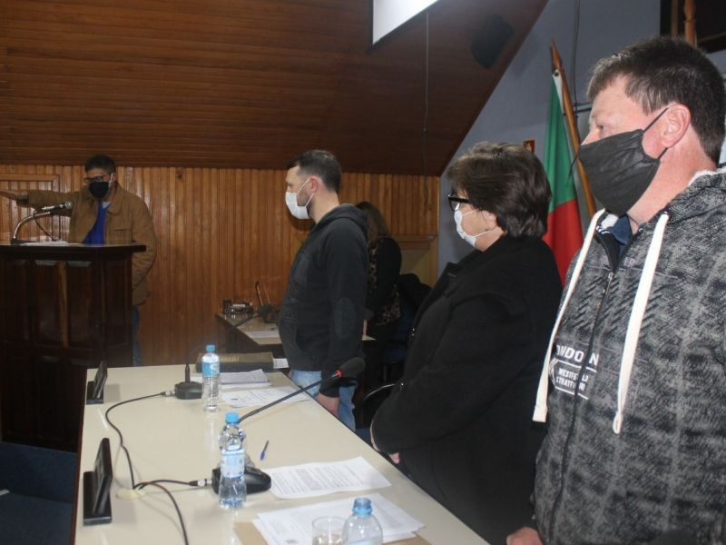 Foto de capa da notícia SUPLENTE ROQUE NOBLES ASSUME UMA CADEIRA NA CASA LEGISLATIVA