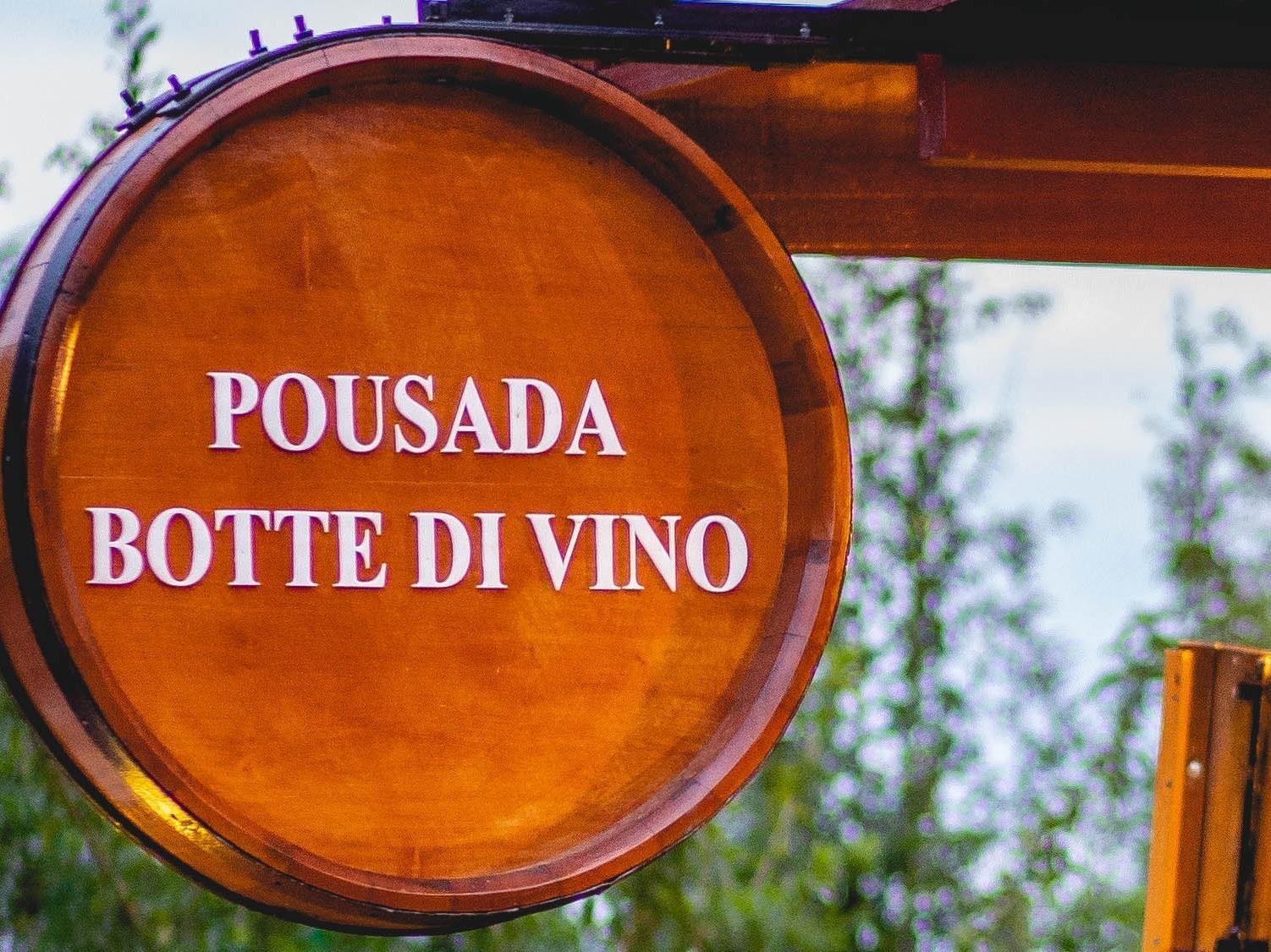 Logotipo Pousada Botte di Vino