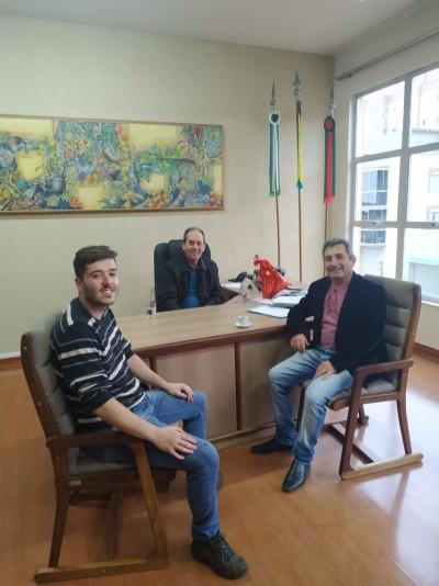 Foto de capa Reunião com o Prefeito de Vacaria, Amadeu Boeira.