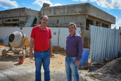 Foto de capa Visita do Presidente da AMUCSER e do Prefeito de Vacaria na obra Sede AMUCSER/CONDESUS.