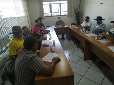 Foto de capa Reunião da Taça Laço AMUCSER.