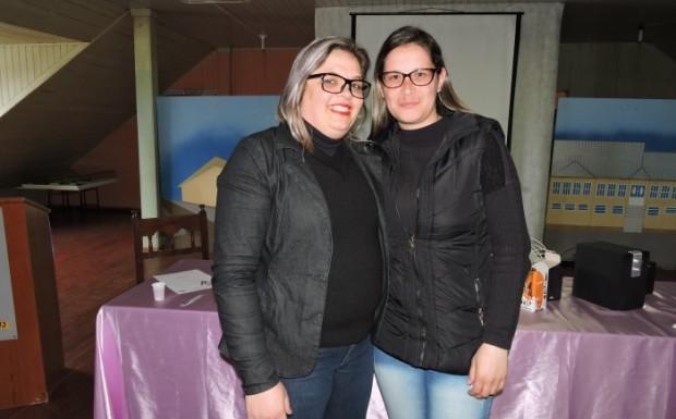Tatiane Remonti coordenou os trabalhos como suplente da presidência e passou o cargo para Viviane