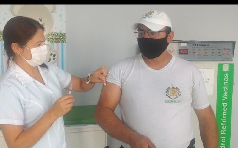 Foto de capa da notícia Policiais são vacinados contra a Covid em Bom Jesus
