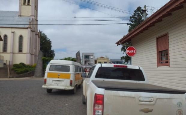 Foto de capa da notícia: Administração faz mudanças no trânsito no centro da cidade