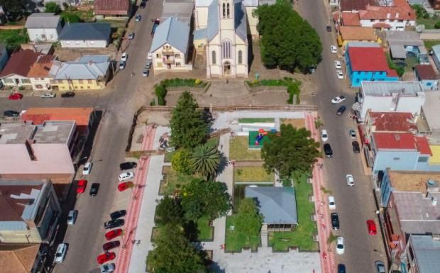 Foto de capa da notícia: Administração realiza audiência pública sobre metas fiscais do município