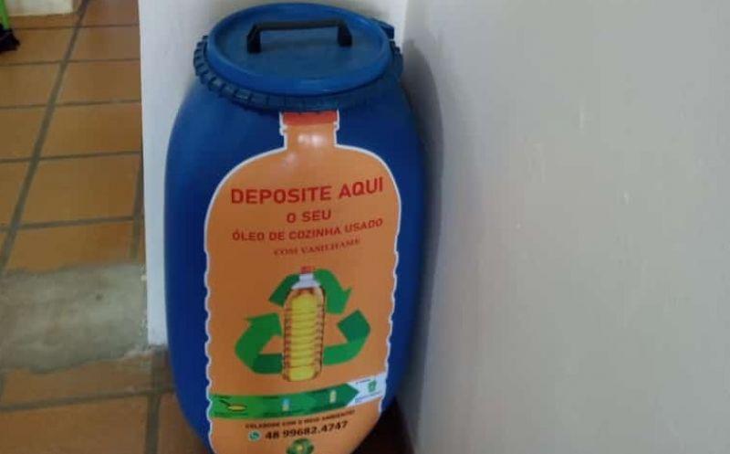 Foto de capa da notícia Iniciativa da Secretaria de Meio Ambiente coleta óleo de cozinha usado