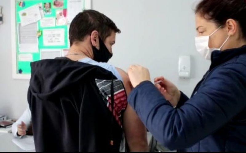 Foto de capa da notícia Bom Jesus começa a vacinar contra Covid pessoas com 20 anos ou mais