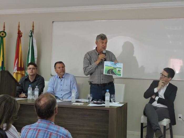 Foto de capa da notícia Heinze ouve reivindicações dos Campos de Cima da Serra