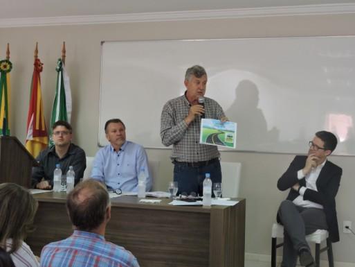 Foto de capa da notícia: Heinze ouve reivindicações dos Campos de Cima da Serra
