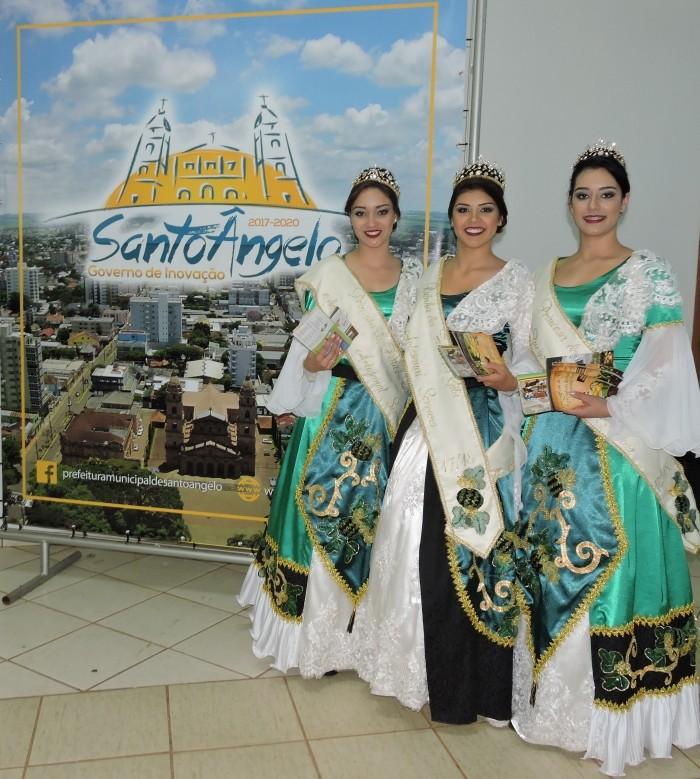 Foto de capa da notícia Soberanas da gila e do queijo na Fenamilho em Santo Ângelo