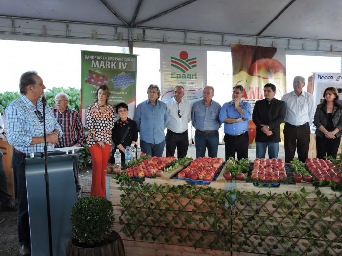 Foto de capa da notícia Prestigiando evento em São Joaquim