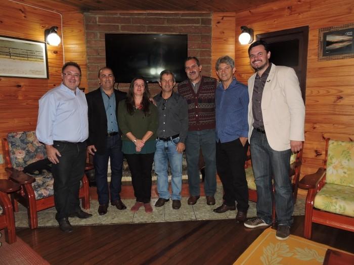 Foto de capa da notícia Evento em Cambará reúne cinco prefeitos