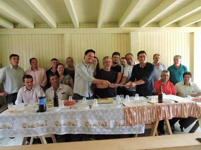 Foto de capa da notícia Deputado se reúne com líderes da região em Ausentes