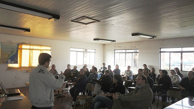 Foto de capa da notícia Departamento de Turismo realizou reunião com os empreendedores turísticos