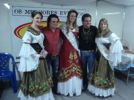 Foto de capa da notícia Soberanas divulgaram a Festa da Gila em Flores da Cunha