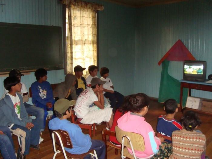 Foto de capa da notícia Alunos assistiram reportagens sobre Bom Jesus no encerramento do projeto de turismo nas escolas